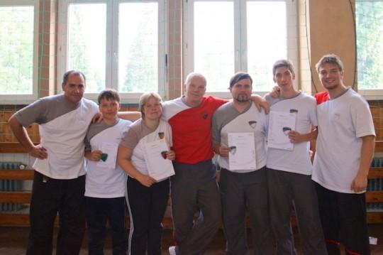 Selbstverteidigung - Gruppenbild der Kampfkunstschule Gera mit Thomas Mannes